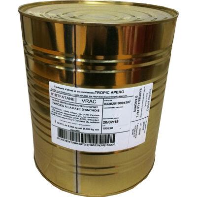 Olive verte denoyautee farcie a la pate d'anchois (Tropic apero)