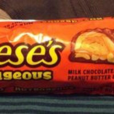 Barre chocolatée au beurre de cacahuètes (Hershey's)