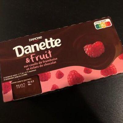 Danette & fruit sur coulis de framboise et éclats de chocolat (Danone)
