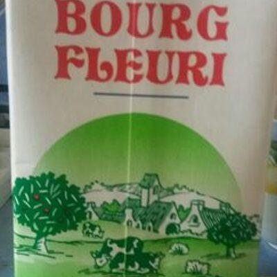 Bourg fleuri, creme sterilisee uht 30 % mg, la brique d'1 l (Bourg fleuri)