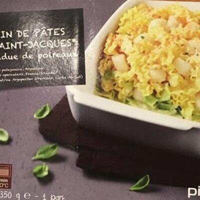 Gratin de pâtes aux saint-jacques* et fondue de poireaux, surgelé (Picard)