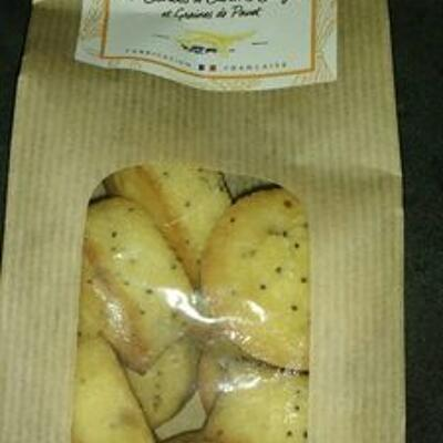 Mini cakes aux écorces de citrons confits et graines de pavot (Monbana)