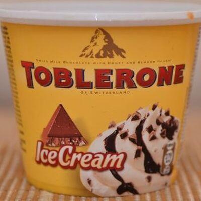 Toblerone ice cream (R&r ice cream)