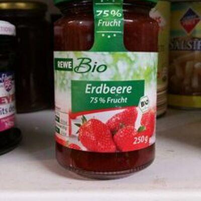 Erdbeere 75% frucht (Rewe bio)